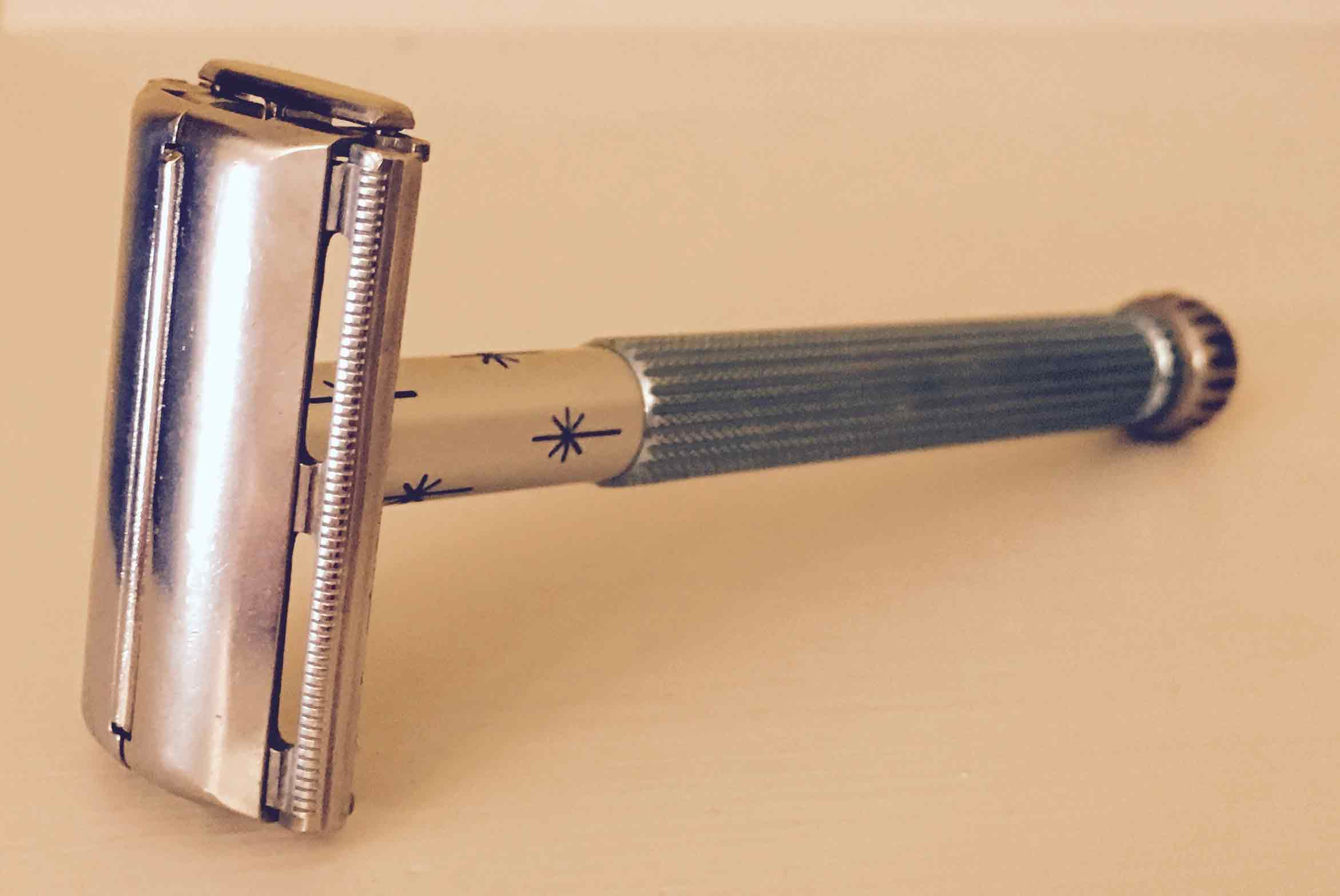 Lady-Gillette-1963-side.jpg