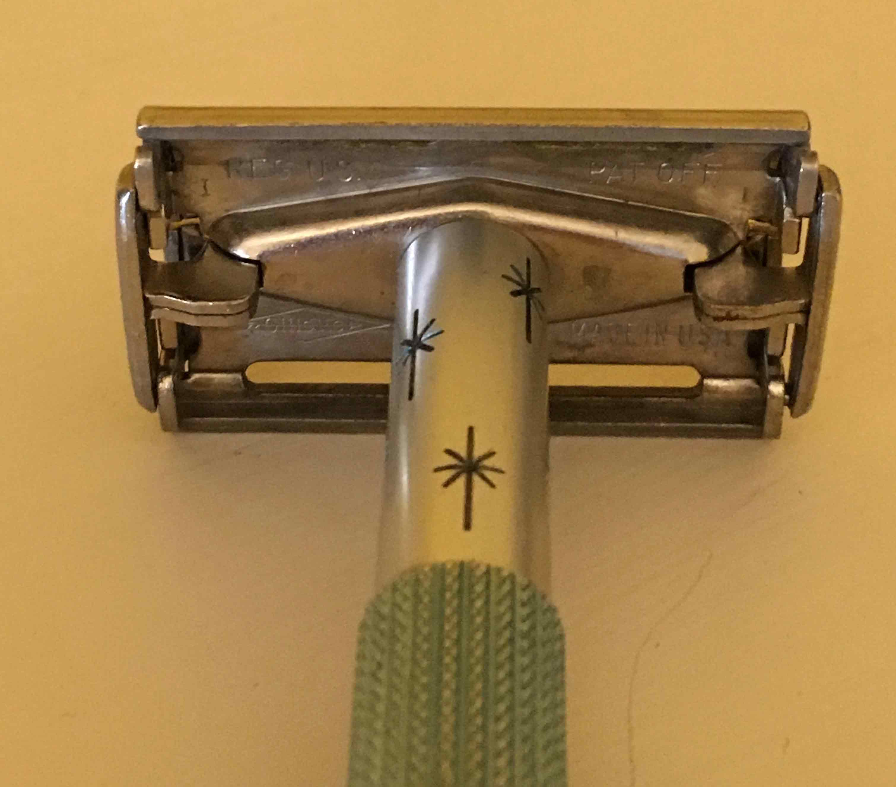 Lady-Gillette-1963-rear.jpg